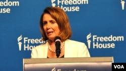 Nancy Pelosi demande la rédaction de l'acte d'accusation contre Trump