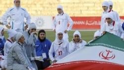 واشنگتن پست: تلخی راه نيافتن تيم فوتبال زنان ايران به بازی های المپيک ۲۰۱۲
