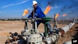 El ministro de Energía de Arabia Saudita, Khalid al-Falih, dijo el lunes que el recorte de producción encabezado por la OPEP podría extenderse más allá de 2017.