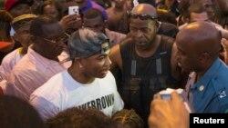 Le rapper Nelly lors d'une manifestation à Ferguson, Missouri,le 18 août 2014.