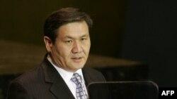 Former Mongolian President Nambaryn Enkhbayar (file)