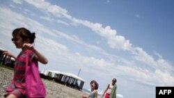 Gürcüstanın Batumi şəhərində turizm inkişaf edir (video)