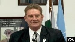یو این ایچ سی آر کے پاکستان میں نمائندے نیل رائٹ