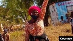 Isiphathamandla senhlanganiso yamatitshala eye, Amalgamated Rural Teachers' Association of Zimbabwe, uNkosikazi Sheila Chisirimunhu.