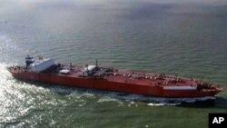 Blok 27 Uni Eropa mulai menegakkan larangan asuransi Eropa terhadap pengapalan minyak Iran ke negara-negara lain, Minggu (2/7).
