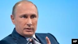 Presiden Vladimir Putin mengatakan Rusia akan terus membantu pasukan Suriah melawan agresi teroris (foto: dok).