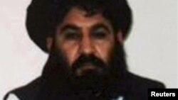 طالبان کے سربراہ ملا اختر منصور (فائل فوٹو)