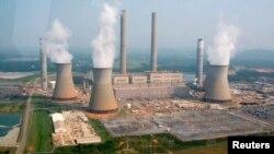 미국 조지아주 카터스빌의 대형 화력 발전소. (자료사진)