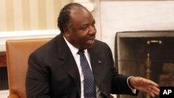 Le président gabonais Ali Bongo Ondimba au bureau Oval, à la Maison Blanche, à Washington, 9 juin 2011.