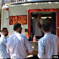 Stephan Boillon iz kamioneta prodaje kubanske sendvice