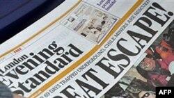 Một nhật báo ở London đăng tin về vụ giải cứu với hàng tít lớn trên trang nhất, ấn bản ngày 13 Oct 2010
