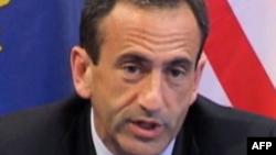Gordon: Ndarja e Kosovës do të kishte pasoja për tërë rajonin
