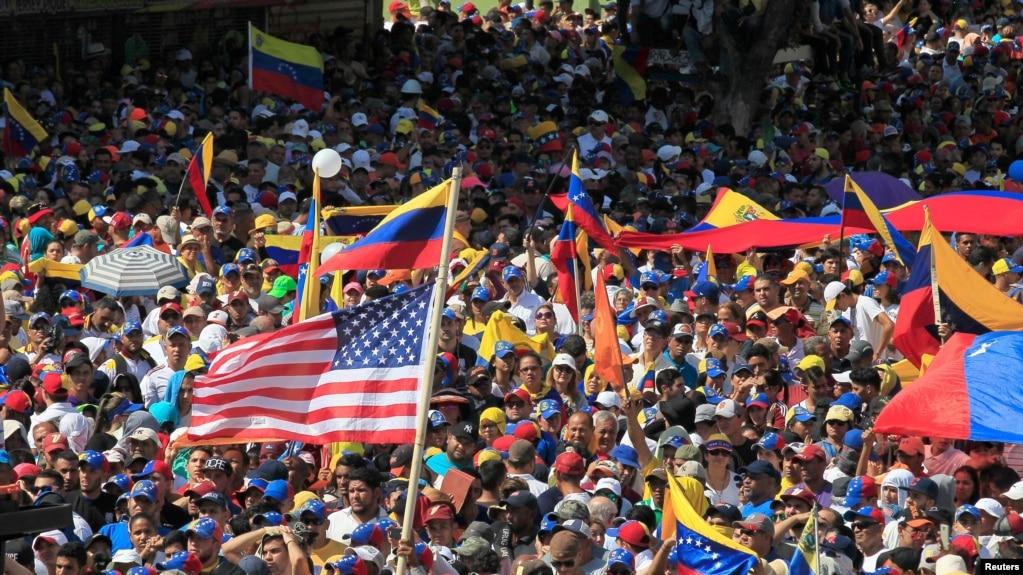 Biến động chính trị ở Venezuela 99A5D9D2-D925-43A1-81E4-FD1BA9B29341_w1023_r1_s