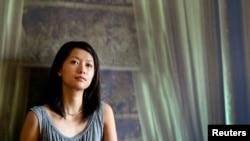 Xu Jinglei, Chinese actress, froze her eggs in the United States because China bars that practice.