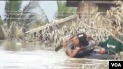 緬甸洪水泛濫下的災民。