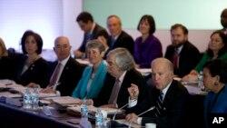 El vicepresidente de EE.UU., Joe Biden participa en México en el Diálogo Económico de Alto Nivel, conversaciones anuales que realizan ambos países para impulsar los vínculos económicos y comerciales.