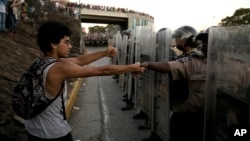 Los enfrentamientos entre la policía de Venezuela, y los estudiantes, iniciaron el pasado 12 de febrero, y practicamente no han tenido tregua desde entonces.