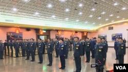 晉升將官的20名海陸空三軍官員(美國之音齊勇明攝)