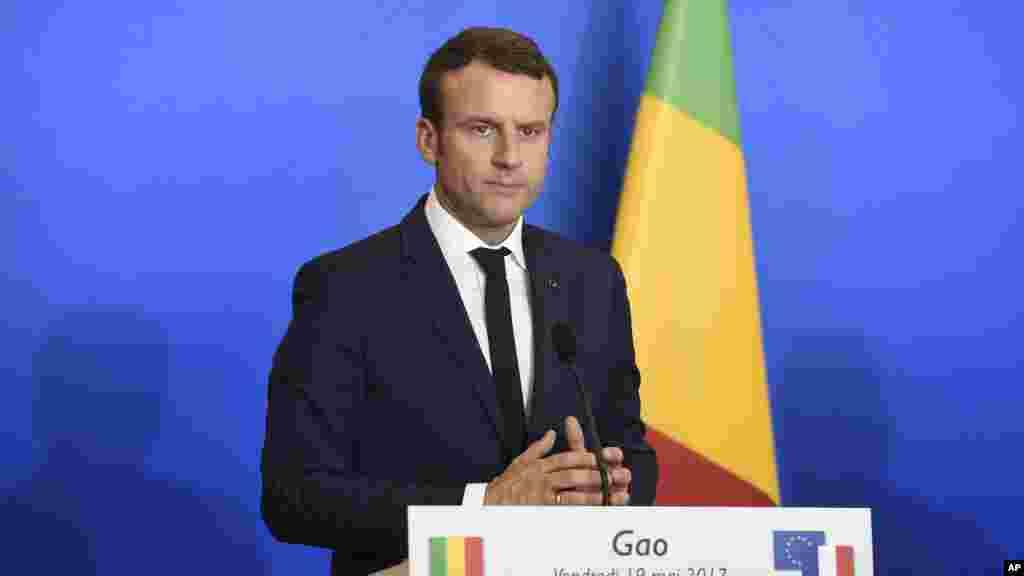 Le président français Emmanuel Macron lors d'une conférence de presse conjointe à Gao, Mali, 19 mai 2017.