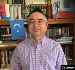 世界维吾尔大会中国事务部主任伊利夏提。(照片由本人提供)
