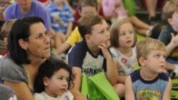 دهمین دوره نمایشگاه کتاب واشنگتن پایتخت آمریکا برگزار شد