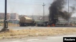 ایک فوجی کرنل نے بتایا ہے کہ موصل منگل کی صبح فوج کے ہاتھ سے نکل گیا تھا اور شہر اب باغیوں کے مکمل قبضے میں ہے۔
