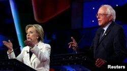 ဒီမုိကရက္တစ္ကိုယ္စားျပဳသမၼတေလာင္းယွဥ္ၿပိဳင္ေနၾကတဲ့ Hillary Clinton နဲ႔ Bernie Sanders