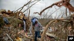 阿拉巴马州遭遇龙卷风