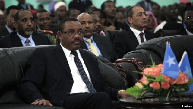 Hailemariam Desalegn attends the inauguration ceremony of Somalia's President Hassan Sheikh Mohamud in Mogadishu, September 16, 2012.