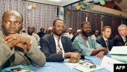 Des délègues du Mouvement des forces séparatistes de la Casamance lors des pourparlers avec le gouvernement du Sénégal à Banjul, 26 décembre 1999.