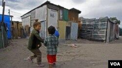Se espera que la tasa de pobreza disminuya durante los próximos años.