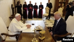 Le pape François et le président américain Donald Trump au Vatican, le 24 mai 2017.