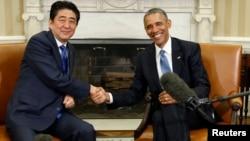 El presidente Obama con el premier japonés Shinzo Abe en la Casa Blanca, en abril de este año.