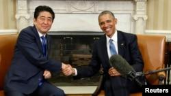 Tổng thống Mỹ Barack Obama và Thủ tướng Nhật Shinzo Abe tại Tòa Bạch Ốc, ngày 28/4/2015.