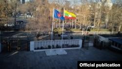 တ႐ုတ္ႏိုင္ငံဆိုင္ရာ ျမန္မာသံရံုး (ဓာတ္ပံု -Myanmar Embassy (ျမန္မာသံ႐ုံး ေပက်င္း))