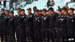 Bamwe mu ba polisi ba Tunisiya