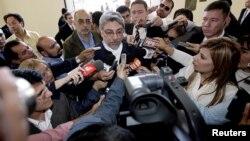 Varios de los periodistas despedidos manifestaron abiertamente su desacuerdo con la destitución de Fernando Lugo. (Foto de archivo del primer viaje oficial del exmandatario en 2008).