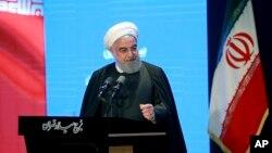 Tổng thống Hassan Rouhani nói chuyện trong một cuộc họp ở Tehran, Iran, ngày 4/12/2019.