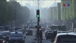 Saldırı Sonrası Champs Elysees'de Hayat Normale Dönüyor