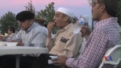 American Muslim Community Fights Negative Stereotypes of Islam