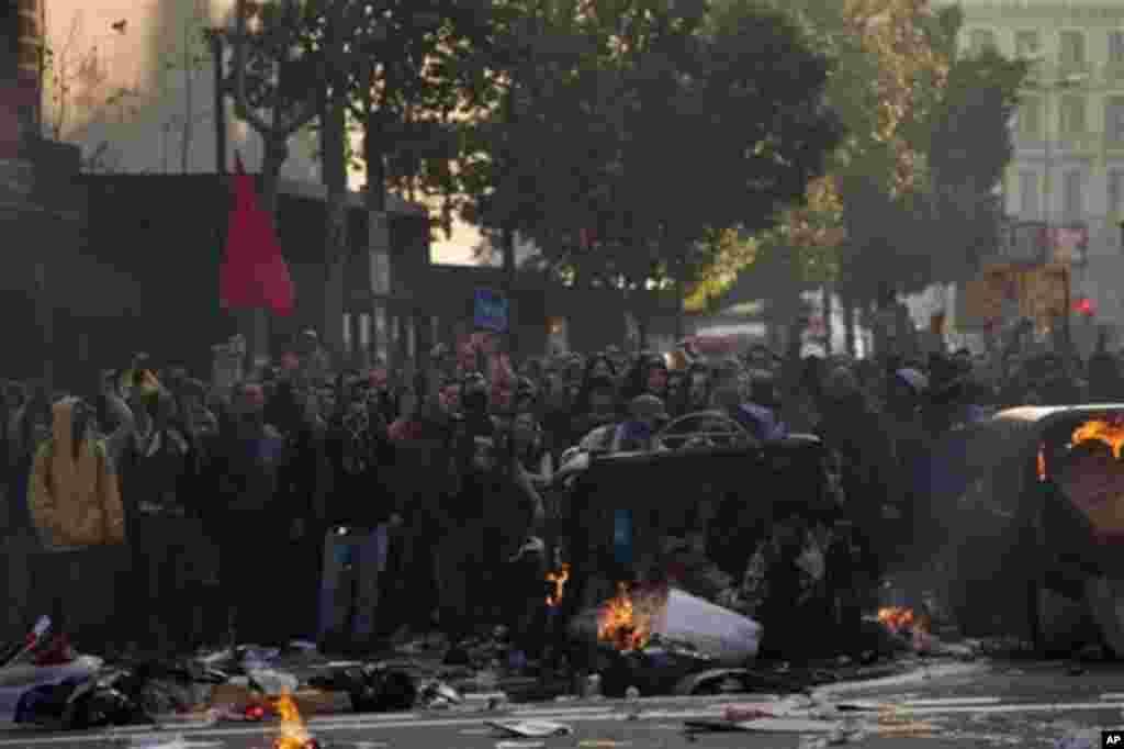 Según las autoridades en Barcelona, se presentaron pérdidas por más de medio millón de euros debido a las protestas del 29 de marzo.