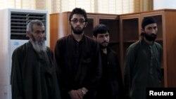 Bốn người đàn ông Afghanistan bị tuyên án tử hình vì vụ hành hung tập thể giết chết một phụ nữ 27 tuổi hồi tháng ba.