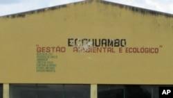 Antigo estaleiro Eco Huambo