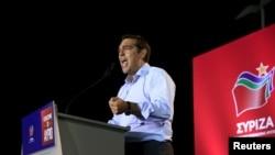 그리스 총선을 앞두고 이달 초 급진좌파 시리자의 알렉시스 치프라스 전 총리가 아네테 교외지역에서 지지를 호소하고 있다.