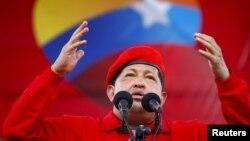 Tổng thống Venezuela Hugo Chavez trong 1 cuộc mít tinh ở Maracay, 1/7/2012