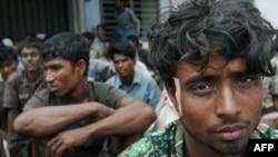 Hàng ngày người Hồi giáo Rohingya phải chạy trốn để tránh bạo động giáo phái ở Miến Điện