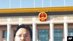 北京理工大學經濟學教授胡星斗