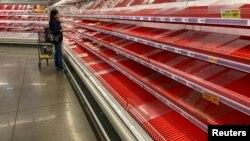 2020年3月13日德州奧斯汀一家被搶購的雜貨店。