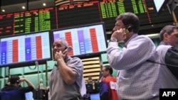 Сотрудники нью-йоркской биржи