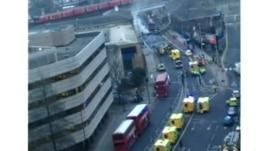 Rrëzohet një helikopter në rrugët e Londrës